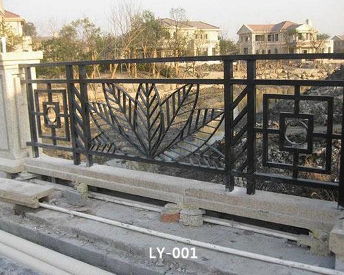 大连铁艺护栏